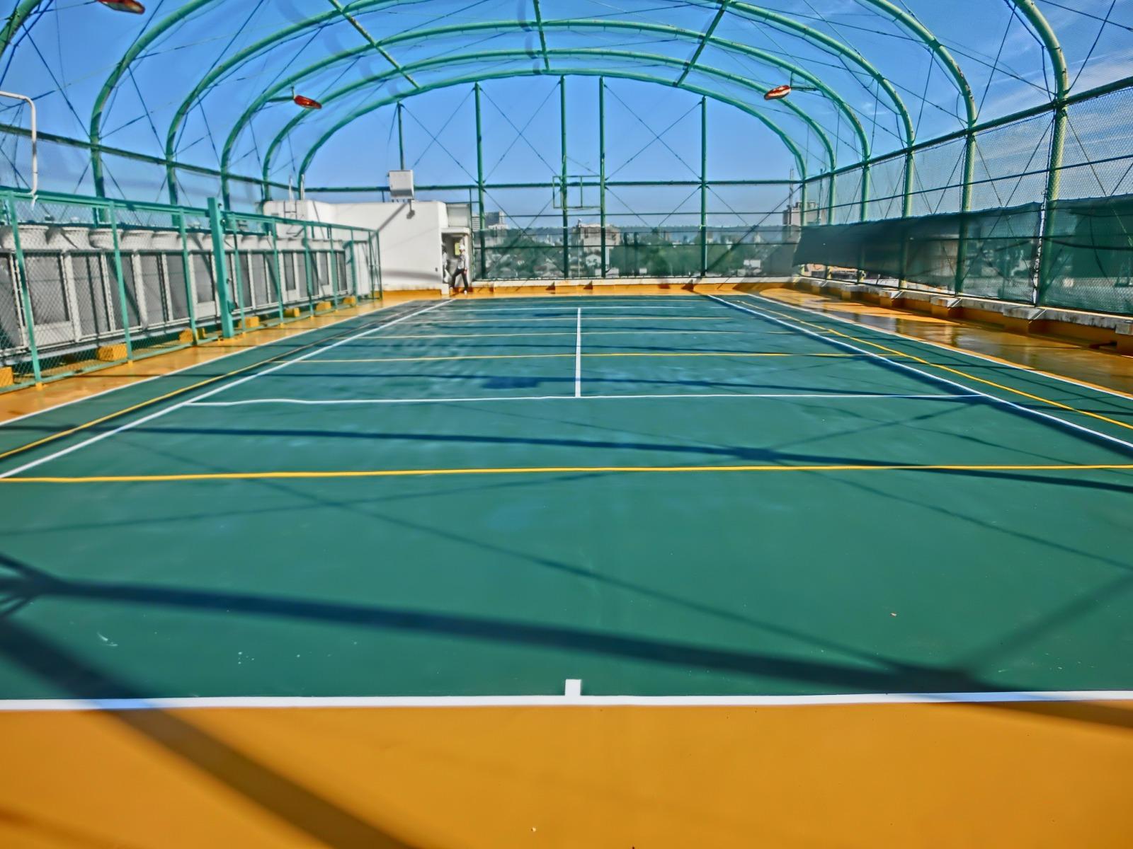 某企業社屋屋上テニスコート 福利厚生施設(愛知県)