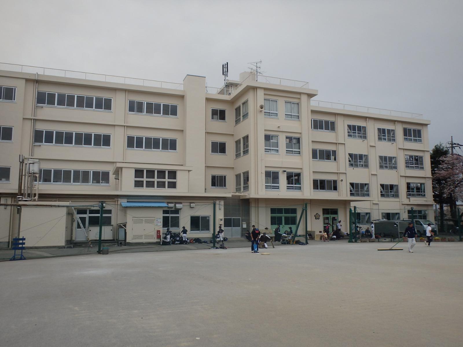 生田小学校外壁塗装改修その他工事(神奈川県)